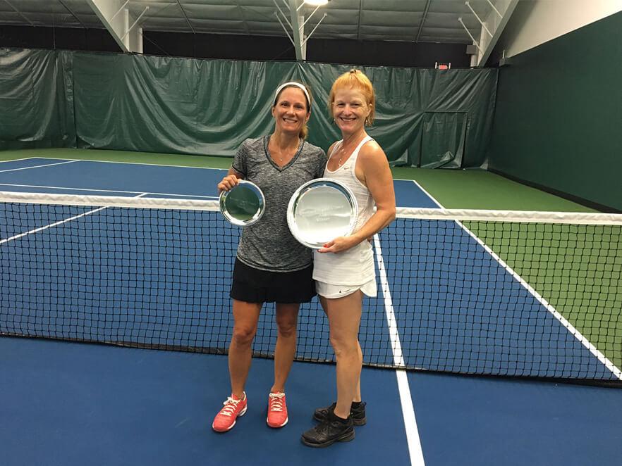 Women's Open Singles: L-R: Finalist: Lori King Winner: Cornelia Deeg